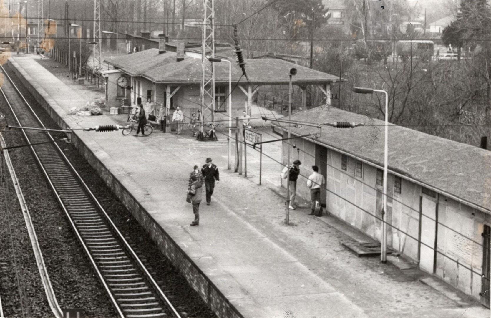 Bahnhof 1990_Heimatfreunde.jpg