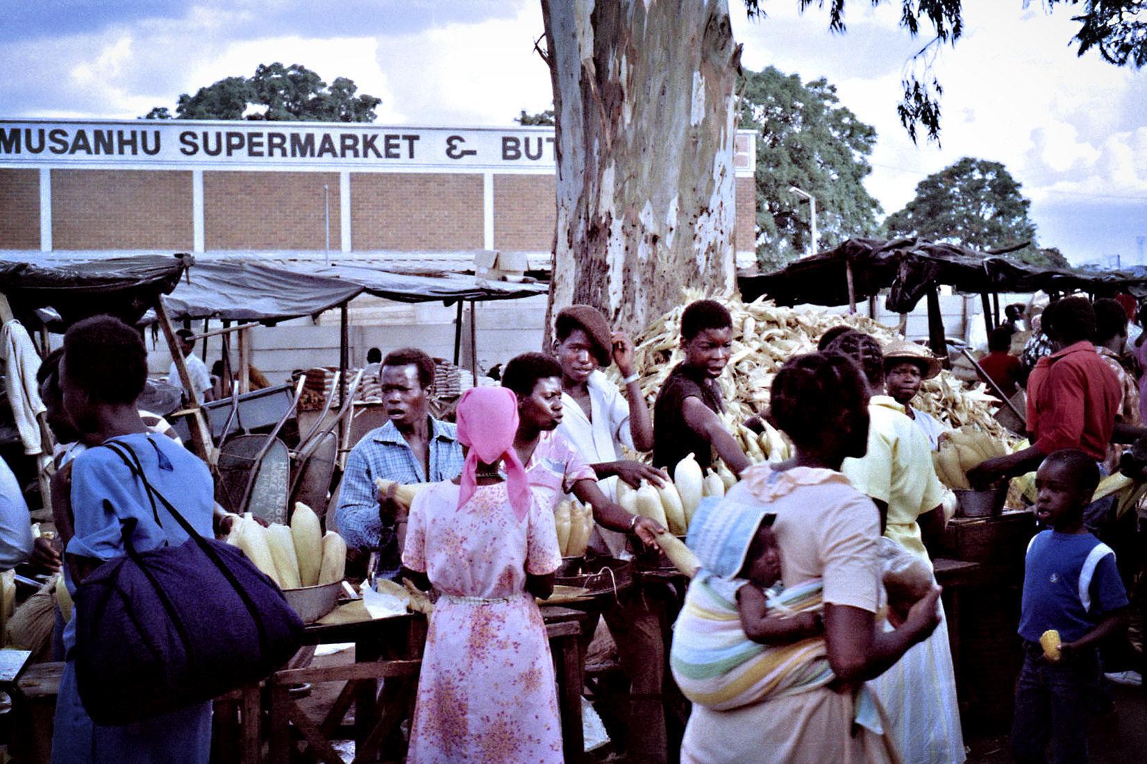 10. Market Harare, Zimbabwe.jpg