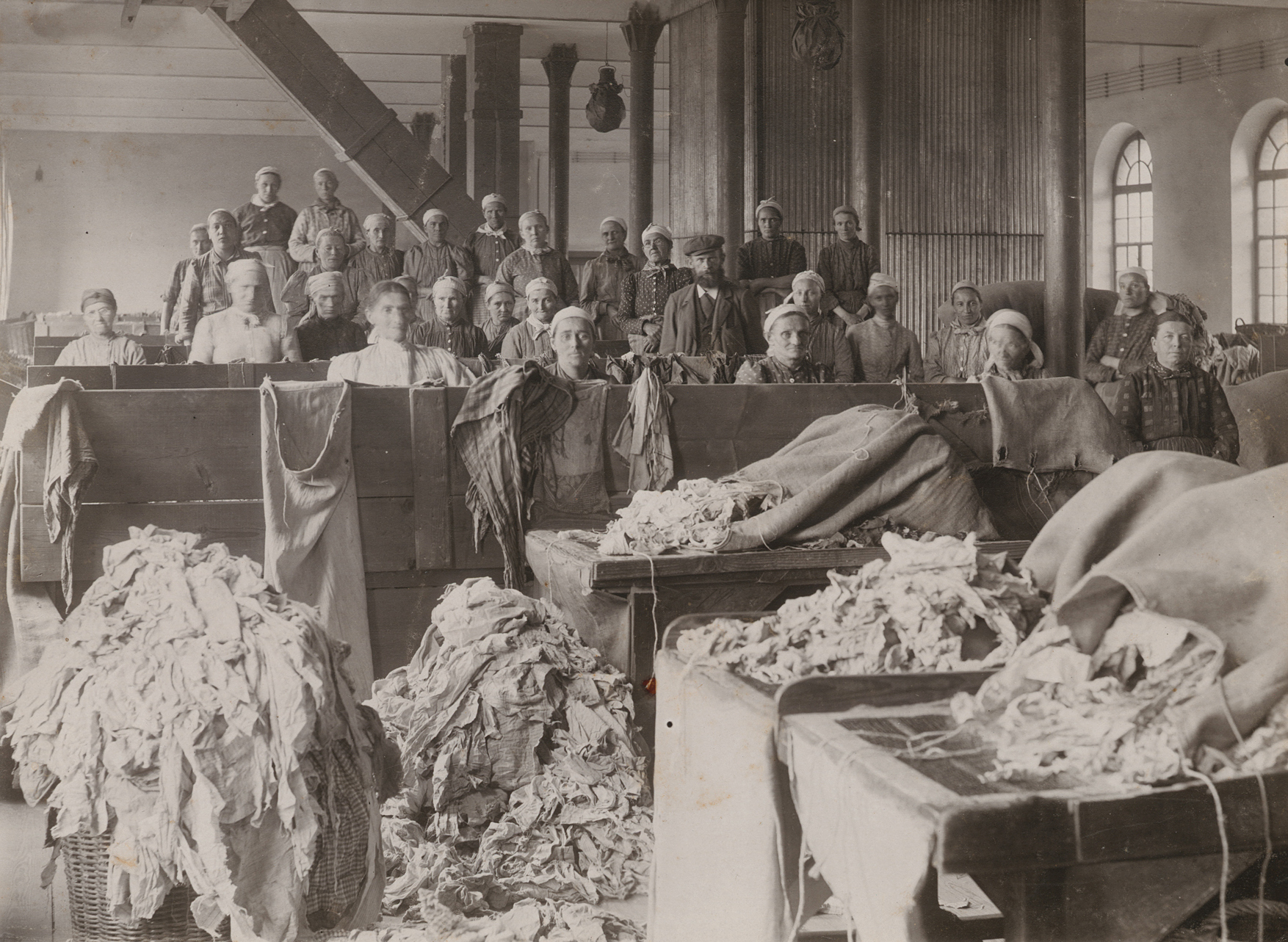 Lumpensortiersaal um 1905