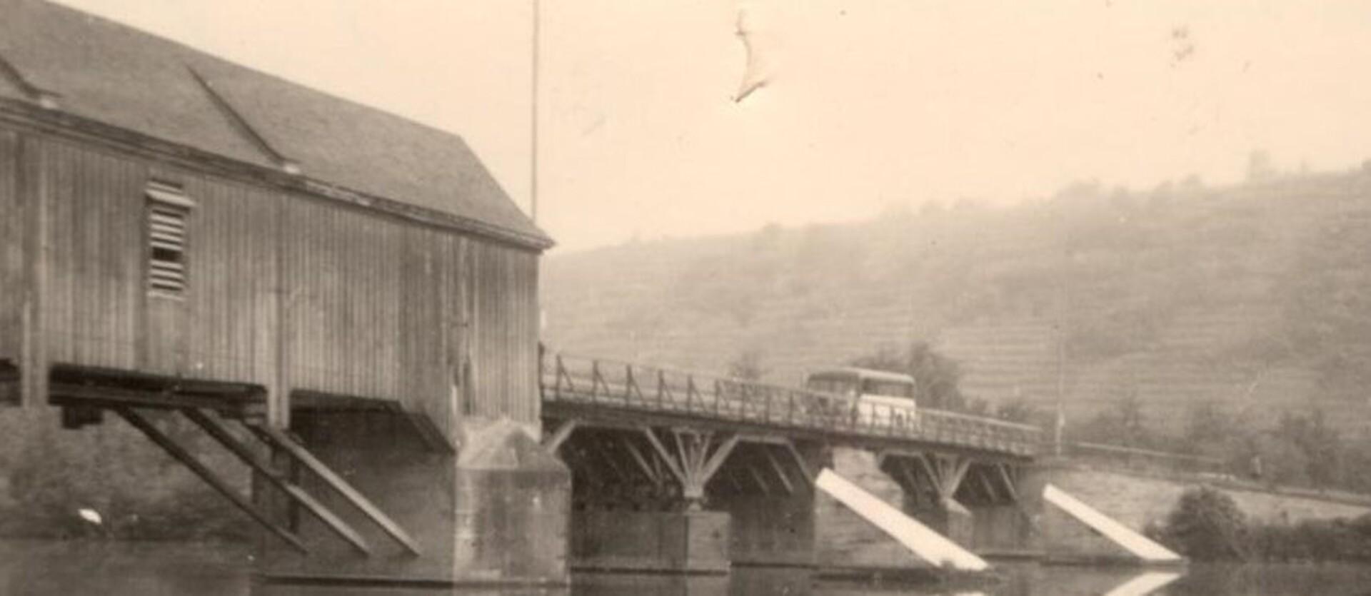 Brücke_alt_Bus.jpeg