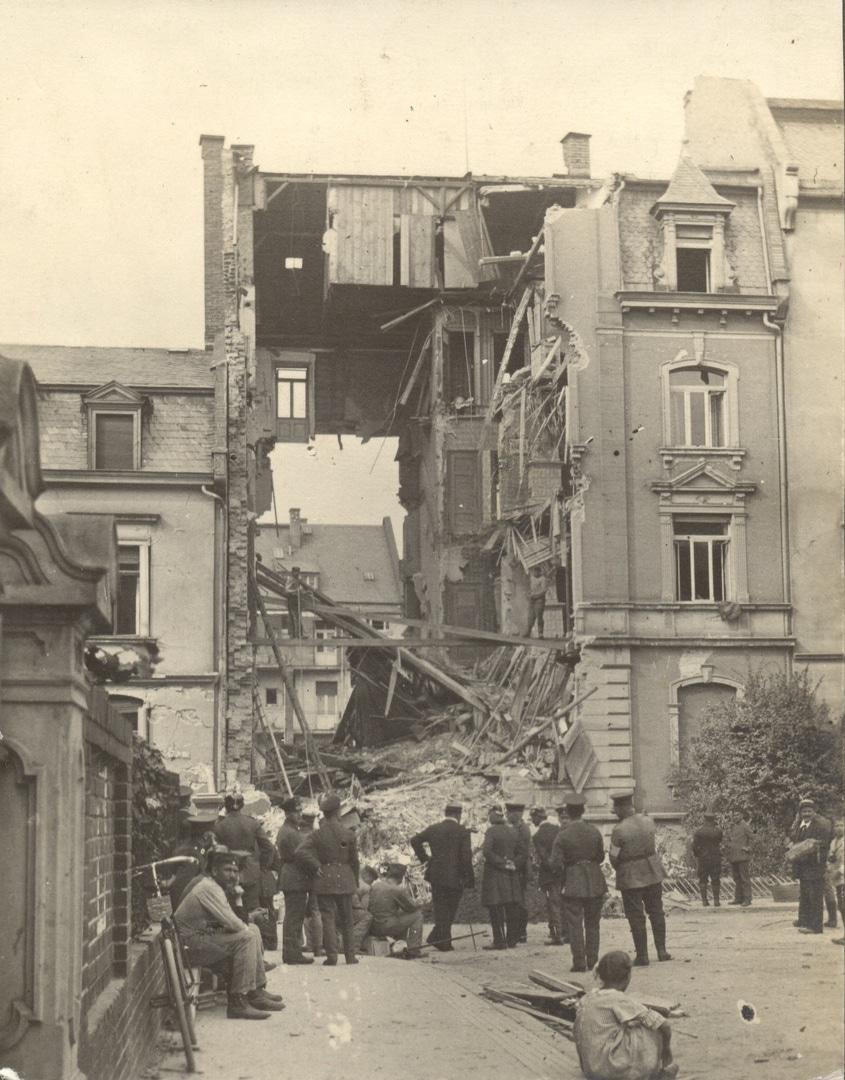 Zerstörtes Haus in der Soderstraße in Darmstadt