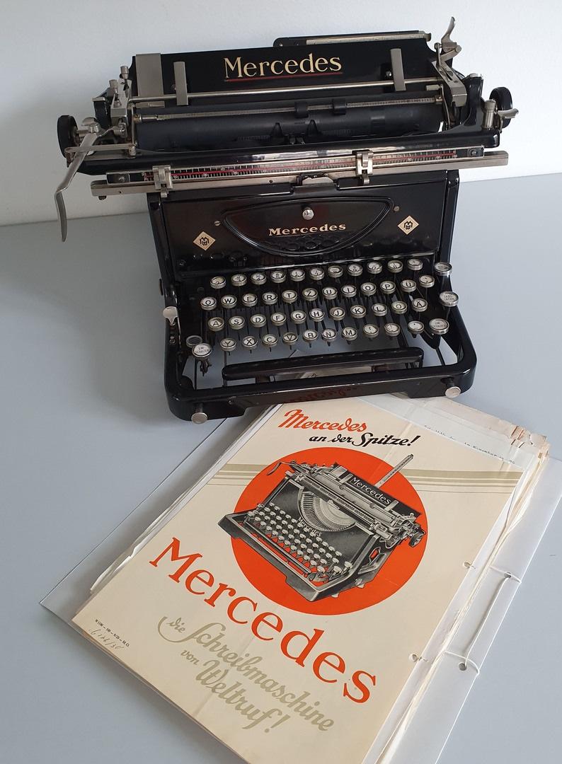 Foto Mercedes Schreibmaschine.jpg