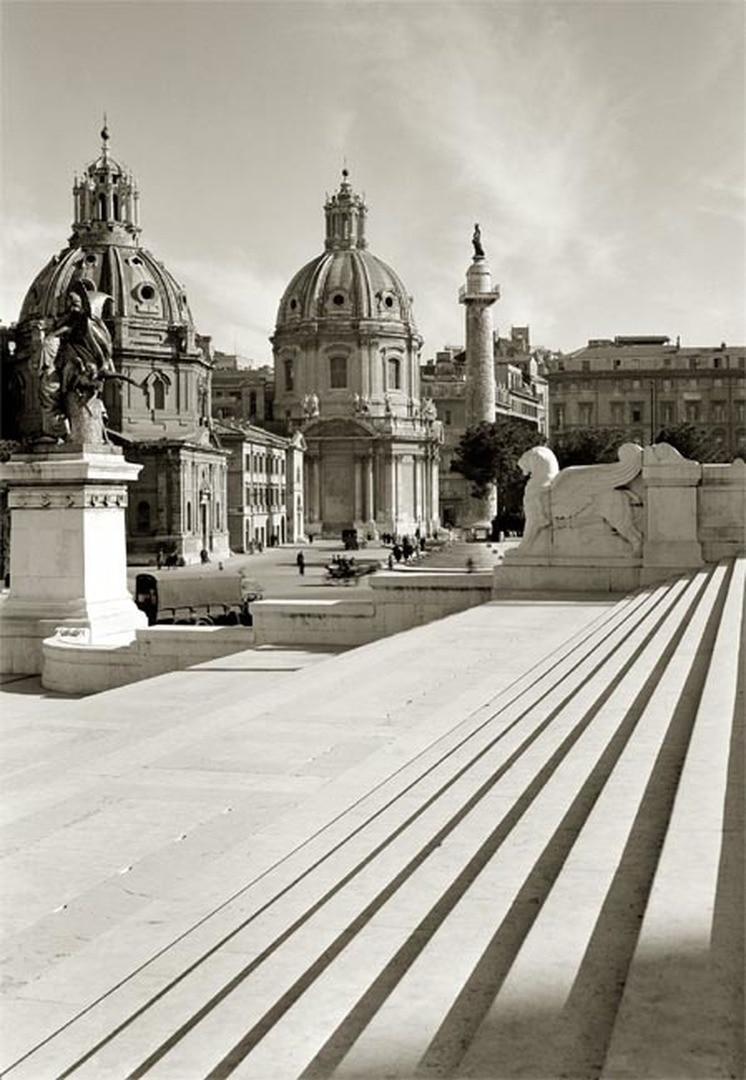 Rom, Piazza S. Maria di Loreto von der Treppe des Victor-Emanuel-Denkmals aus gesehen.jpg