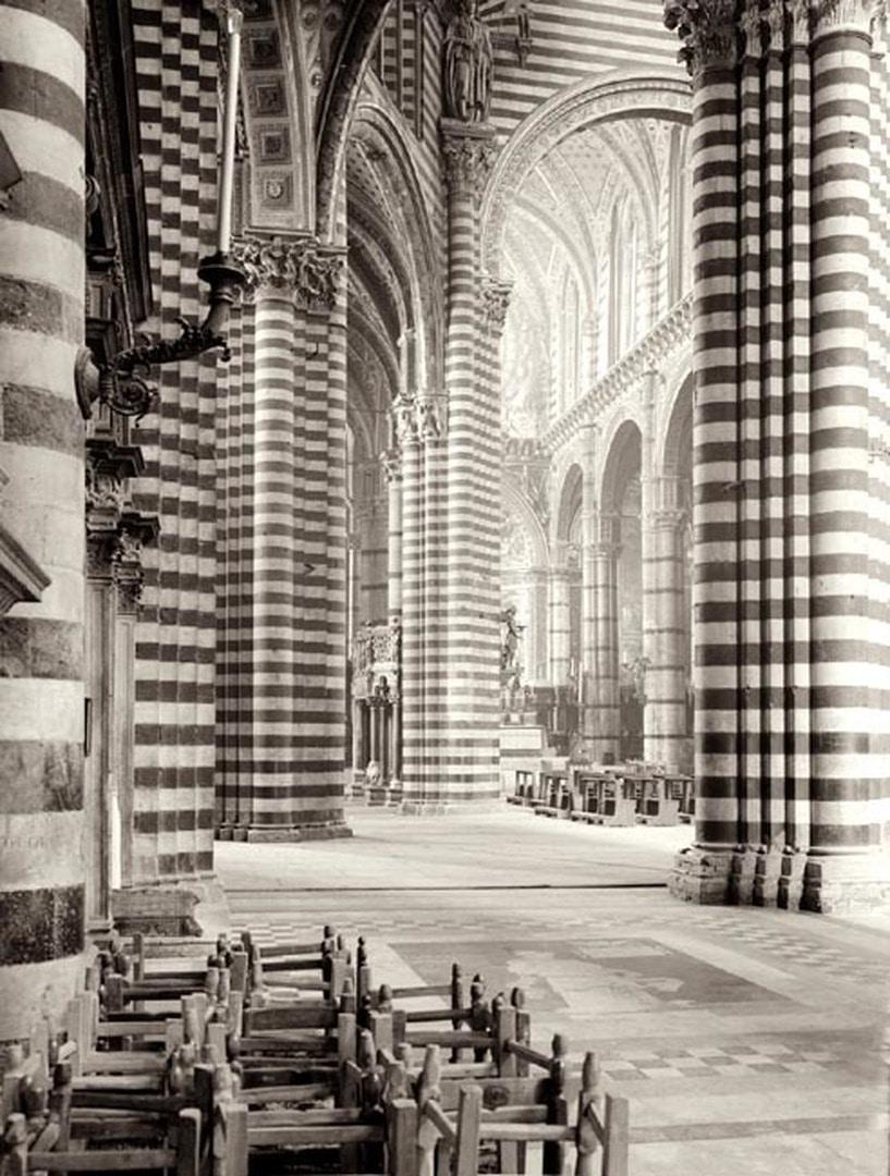 Siena, Dom, Innenansicht des Langhauses.jpg