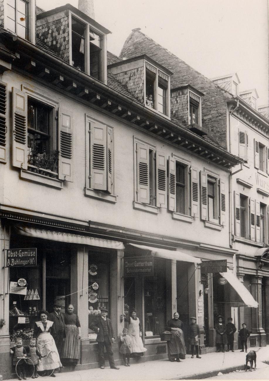 Eines der Wohnhäuser von Carl Benz in Karlsruhe, 1918