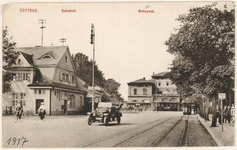Bahnhof mit Bahnpostgebäude um 1917.jpg