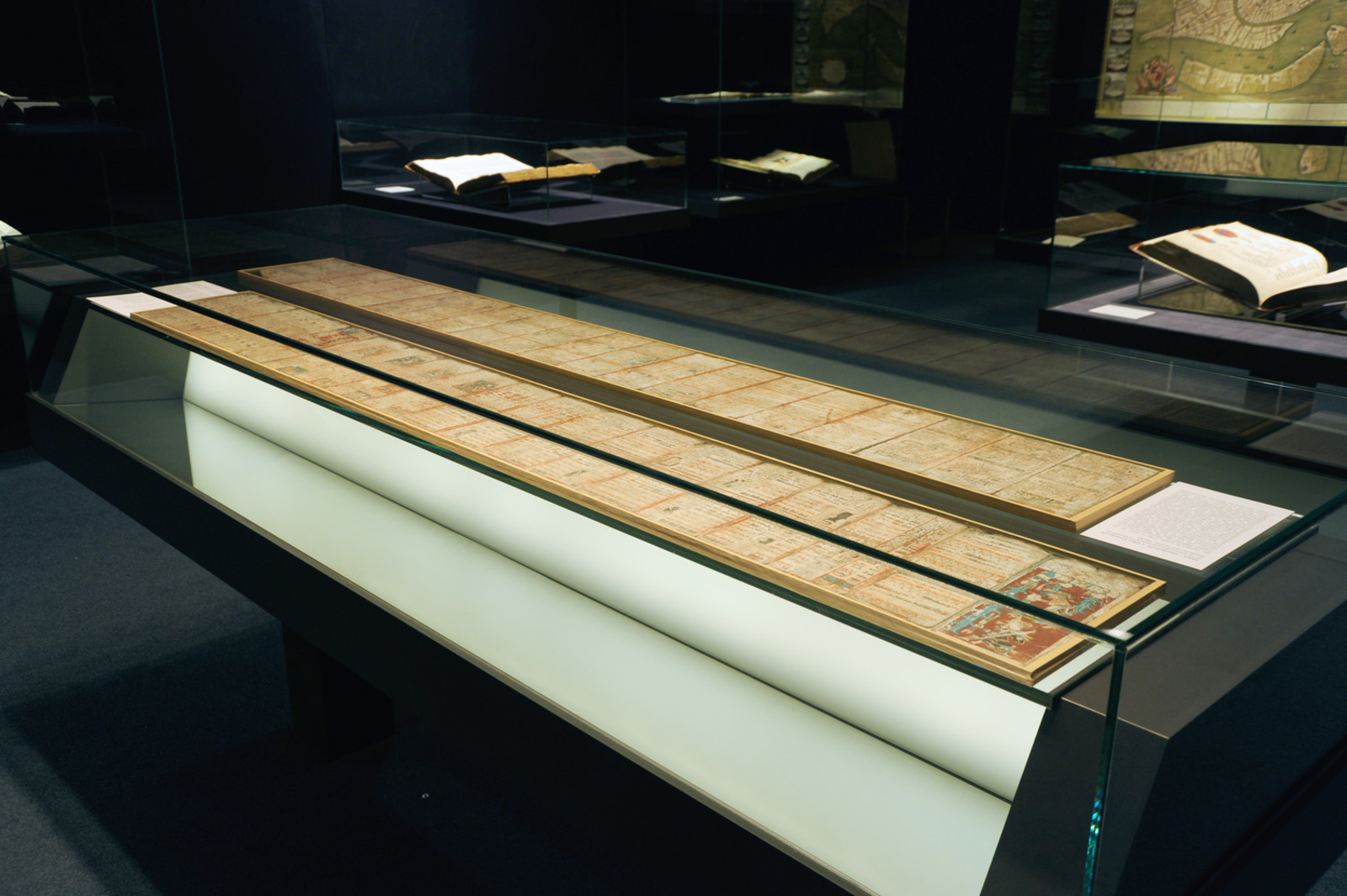 Vitrine mit Original der Maya-Handschrift Codex Dresdensis