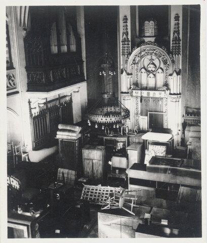 Elisabeth_07b_Maisel-Synagoge_Möbellager_bearbeitet_cz-neu.jpg