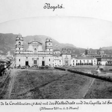 Bogota_Plaza_de_la_Constitucion_SAm110-026_01.jpg